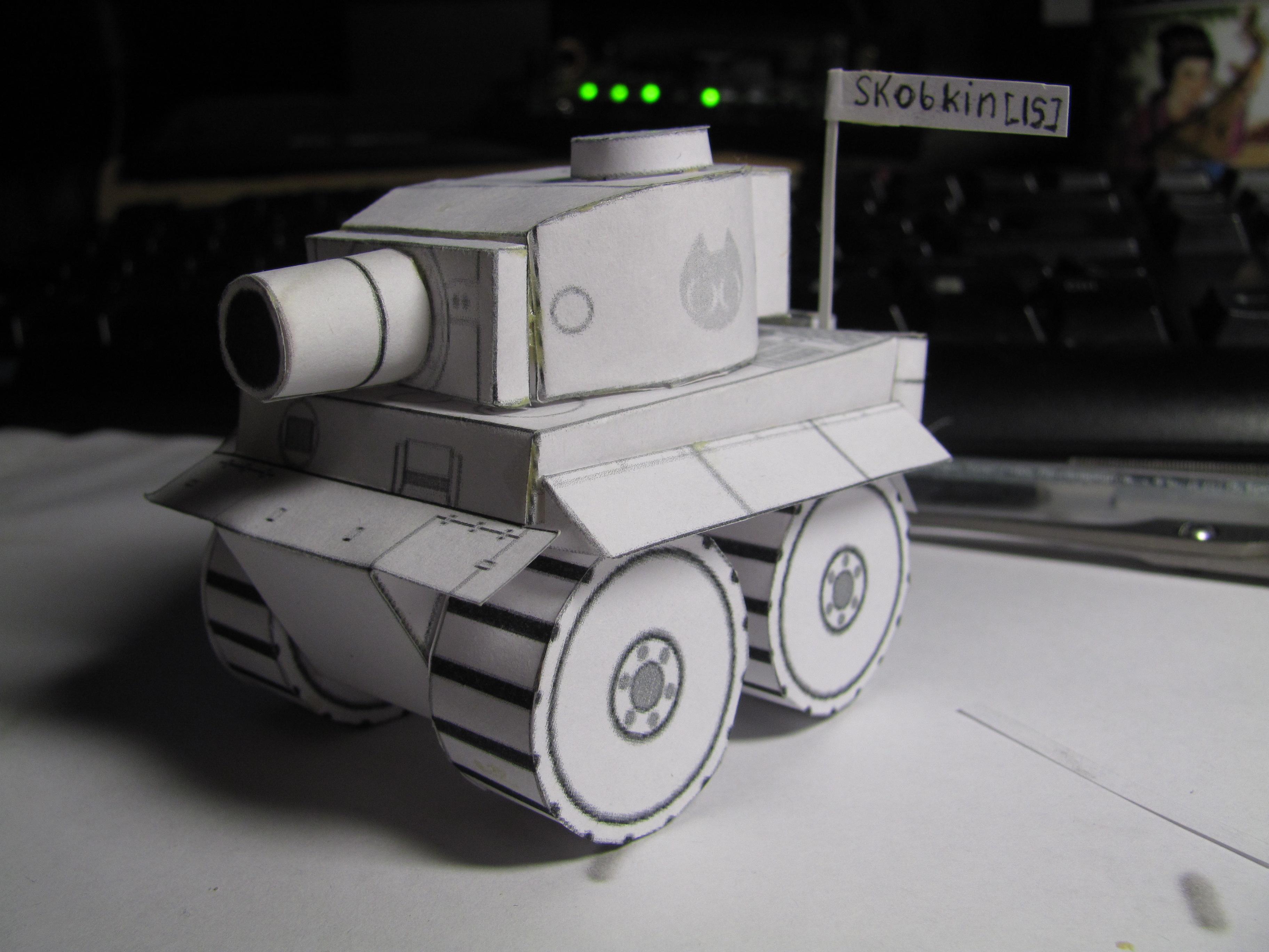 фото танка из бумаги ранних